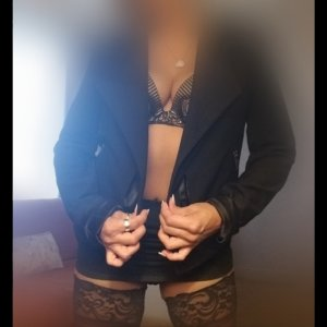 Marie-francoise latina call girl