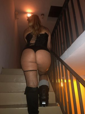 Sendrine escort girl in San Leandro CA