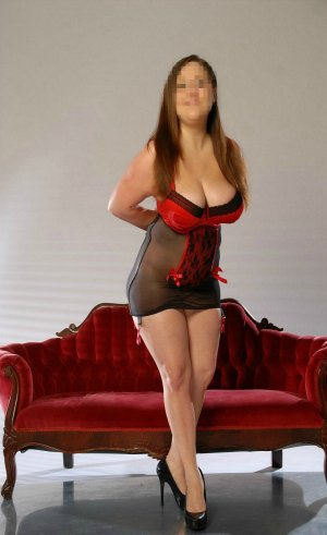 Magdeleine escort in Highland
