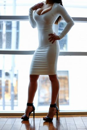 Lilou-ann latina live escort in Kingman
